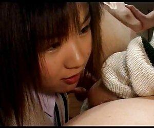 Gadis berusia 18 tahun yang bergairah film semi bokep japanese tentang ibunya di dapur.