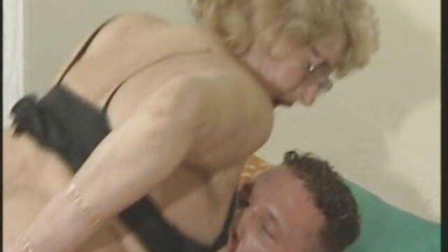 Pacar saya bokep japanese mom full movie normal merendam Pantat setelah seks