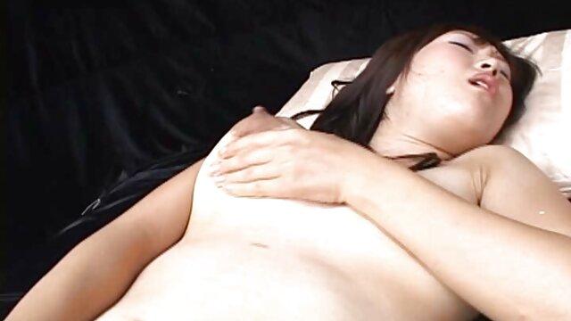 Gina tidur dengan bokep mom japan no sensor permen